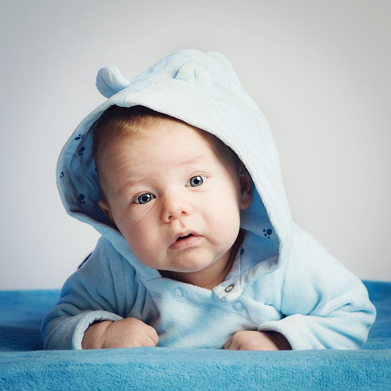 davide posenato fotografo bambini torino occhi blu gionata