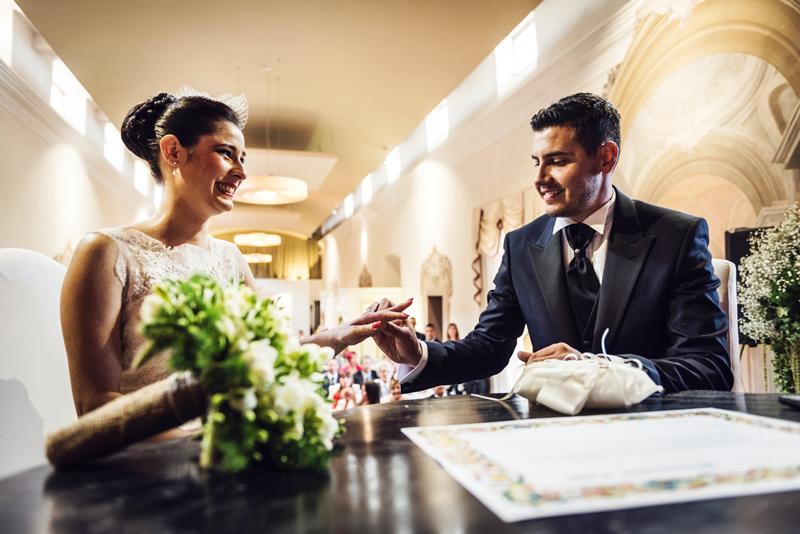 davide posenato fotografo matrimonio a cherasco torino cuneo anelli somaschi