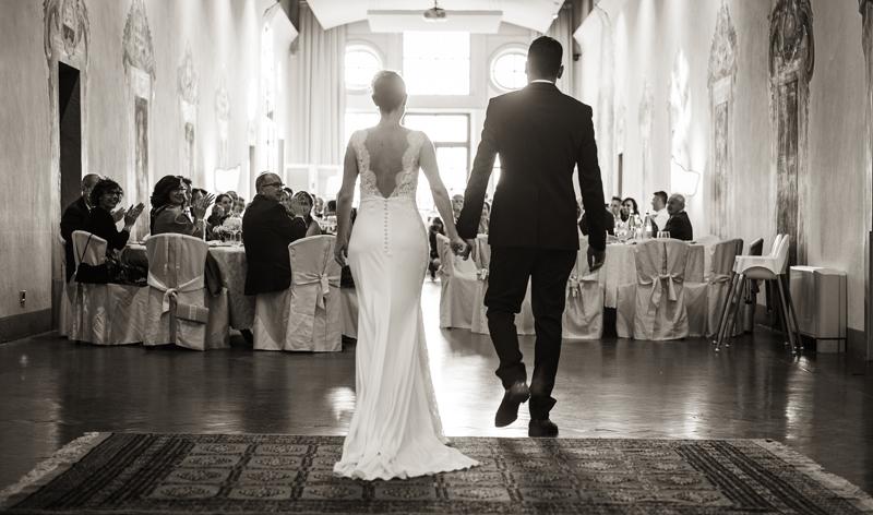 davide posenato fotografo matrimonio a cherasco torino cuneo ingresso sposi cena somaschi